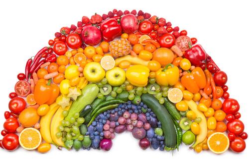 Opening day at the market maynard farmers 39 market - Immagine di frutta e verdura ...